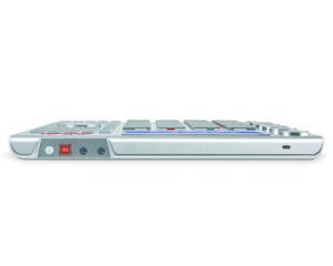 Der Controller ist schon fast der Inbegriff von kompakt und flach und dadurch mobil einsetzbar